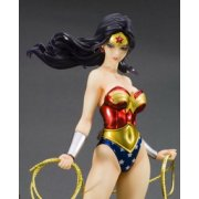 DC Bishoujo Collection 1/7 Scale Pre-Painted PVC Figure: Wonder Woman