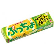UHA Puru Puccho Lemon Stick Candy